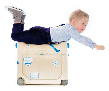 fliegen-mit-baby-bedbox-2